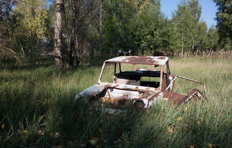 Бесхозный автомобиль в Чернобыле