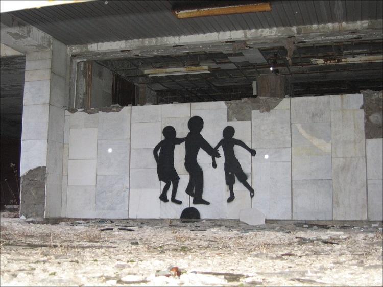 zhivut_li_lyudi_v_pripyati25