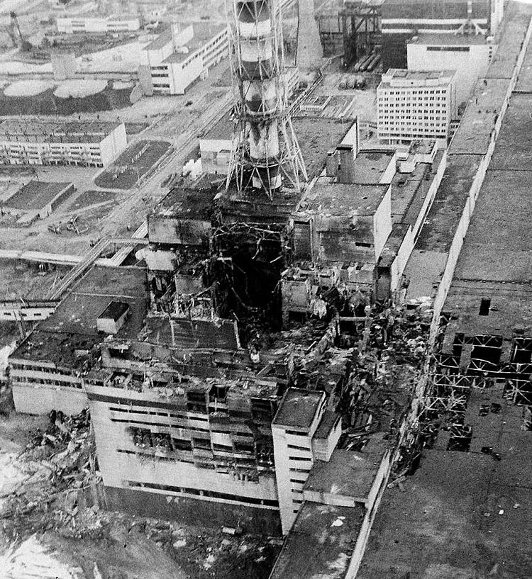 Разрушенный 4 реактор ЧАЭС