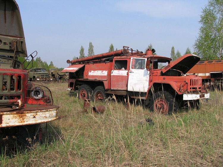 Пожарные машины, участвовавшие в ликвидации аварии на ЧАЭС