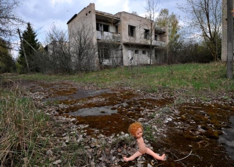 Разрушенный дом в Припяти