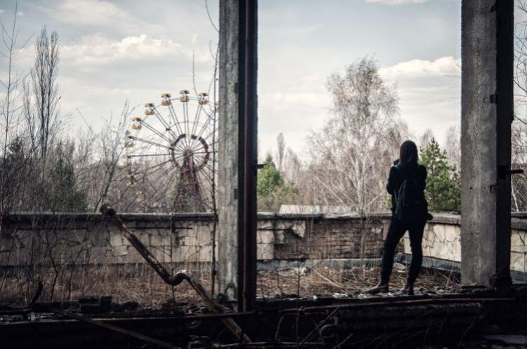 Вид на колесо обозрения в парке Припяти