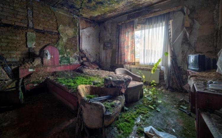 Внутри одной из квартир в Чернобыле