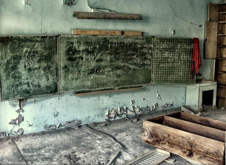 Брошенная школа в Чернобыле