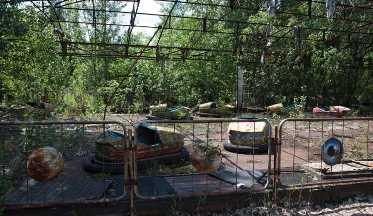 Брошенный парк развлечений в Припяти