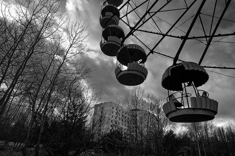 Visiting Chernobyl and Pripyat - video tour