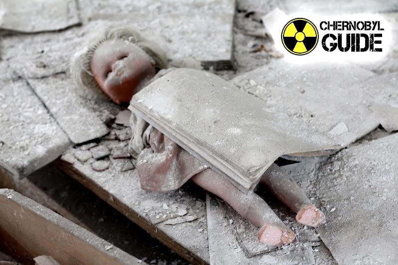 Immagini dei bambini di Chernobyl dopo l'esplosione della quarta unità di potere delle centrali nucleari