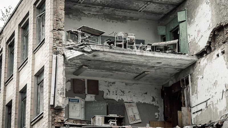 Photos of the devastation in Chernobyl, made by time